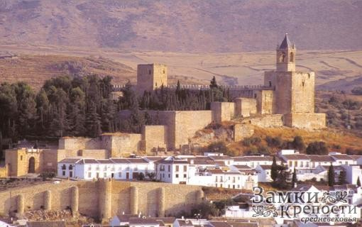 Две крепостные стены города