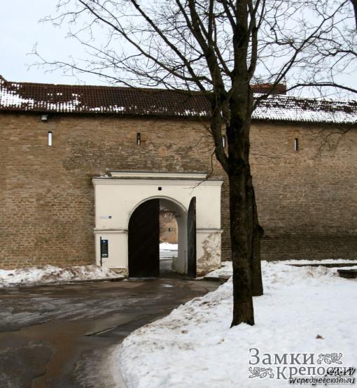 Ворота в Нарвскую крепость