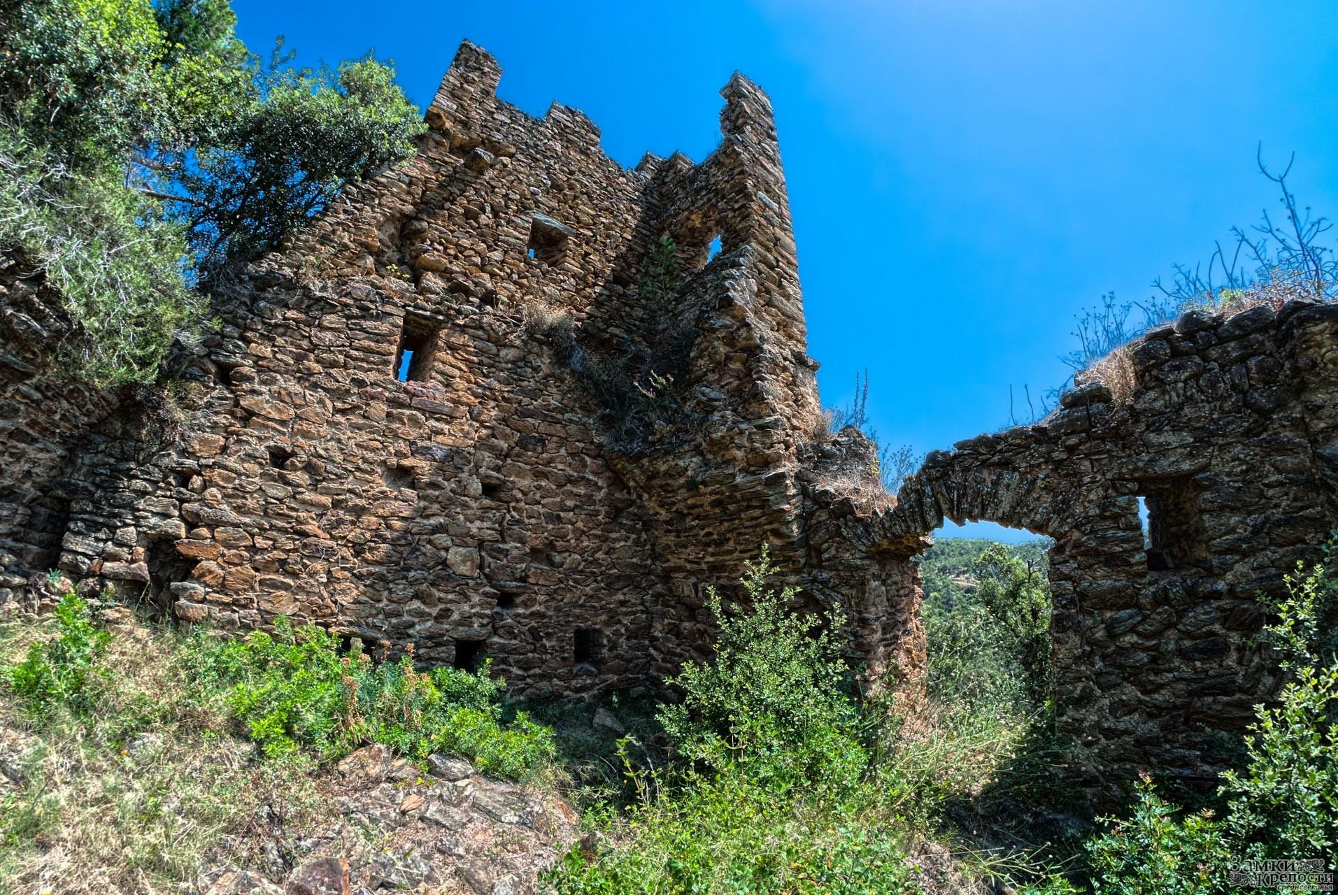 Сардинии замки и крепости провинции жироны