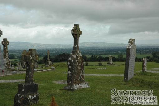 Кладбище рядом со Скалой Кашел
