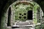 Замок Даннотар - отверстия для пушек