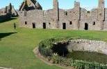 Замок Даннотар - колодец