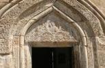 Крепость Ананури - вход в храм