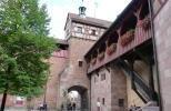 Внутренний двор замка Кайзербург